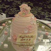 季節限定 桜のウェディングケーキ