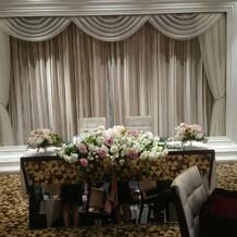 ゲストから見たメインテーブルの雰囲気