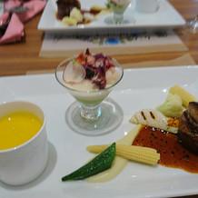 フィレ肉とフォアグラが美味しかった。