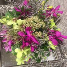 サンプルの花