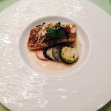 魚料理。繊細な味でとても良かったです。