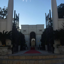入口の凱旋門