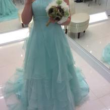 爽やかできれいなドレスです。