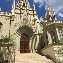 大聖堂は階段も長く綺麗です。