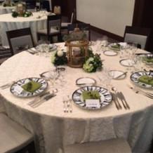 実際の結婚式のテーブル