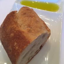 食べ放題の焼きたてパン