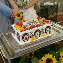 みんなでデコレーションしたケーキ
