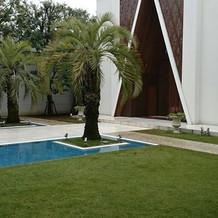 チャペル前ガーデン