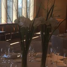 背の高いお花@ゲストテーブル
