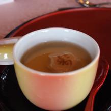 茶碗蒸しのお麩にも寿の文字