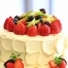 ウェディングケーキ ベリーベリー