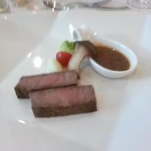 お肉が柔らかく、ソースも美味しかった。