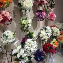 造花のブーケの数々