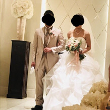 ウェディングドレス タキシード 本番写真
