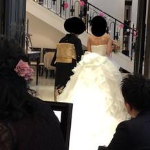 本番ウェディングドレス背面