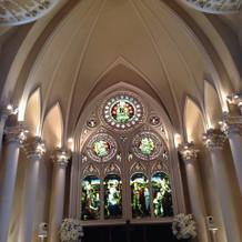 天井がめちゃくちゃ高い大聖堂。