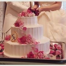 3段ウエディングケーキ