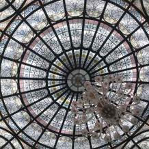 披露宴会場の天井装飾