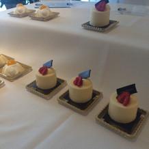 デザートビュッフェのケーキたち