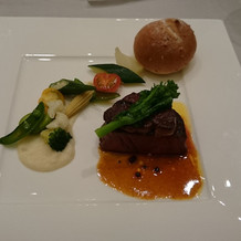 メインのお肉料理(試食にて)