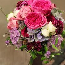 カラードレス用の生花ブーケ