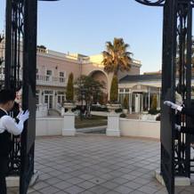 サンタモニカ邸への入り口