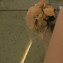 新婦が通る前の床