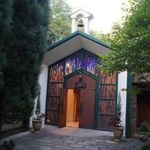 リニューアルした教会です。