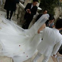 シンプルで、夢だったホワイトドレス