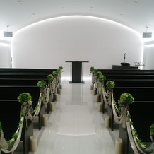挙式会場(新郎新婦入場時の風景)