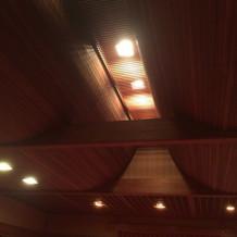 神殿内のこだわりの天井