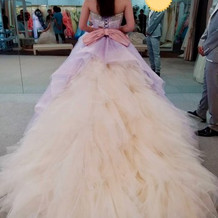 デイジーモデルのカラードレス