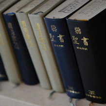 聖書は日本語のものを