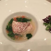 鯛のスープ仕立て