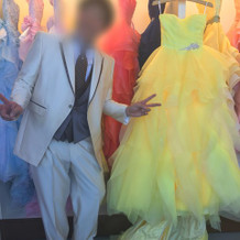 カラードレスと合わせて