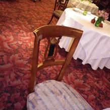 椅子ひとつとってもいい味が出ている