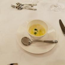 洋風の茶碗蒸しみたいなスープでした