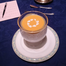 洋食のスープ  ハートの形が!