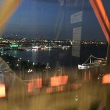 エレベーター内から景色が望めます。