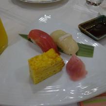 お寿司が出たのはびっくりでした