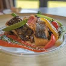 魚料理。彩りが綺麗!