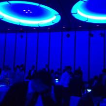 青の演出(照明)