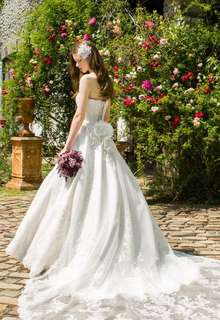 WEDDING DRESS 021