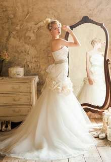 WEDDING DRESS 015