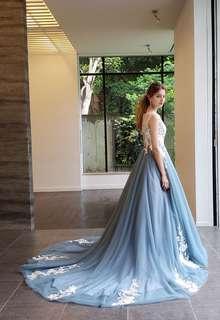 【Cinderella & Co.】ブルーグレーのノースリーブカラードレス