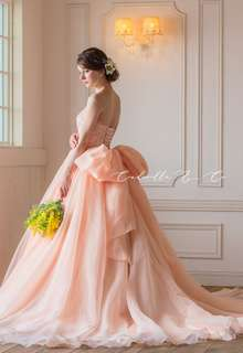 【Cinderella & Co.】大人の愛らしいアプリコットピンクのカラードレスSS4592AP