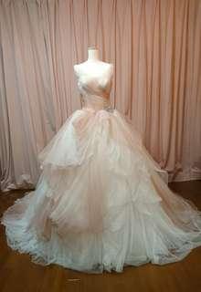 white by vera wang  vw351157 ピンクグラデーション