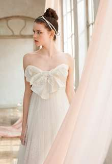 WEDDING DRESS 007