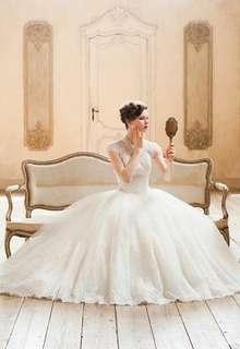 WEDDING DRESS 013