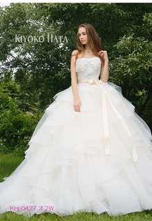 KIYOKO HATA キヨコ ハタのウエディングドレス